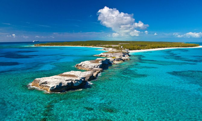 5_Lighthouse_Point_Eleuthera_from_the_tip.1_t670